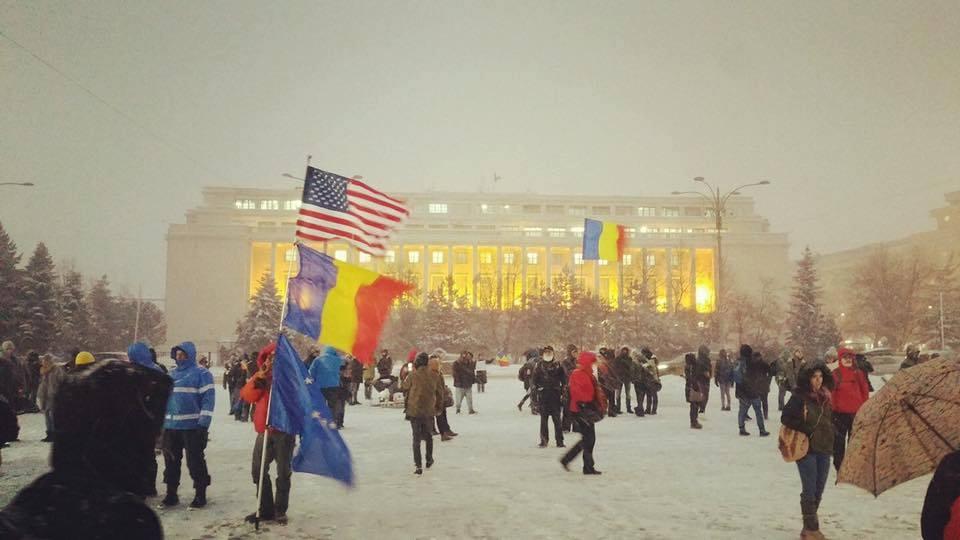 #REZIST. O retrospectivă a revoltei din România lui februarie 2017 / Codrin Vasiloancă